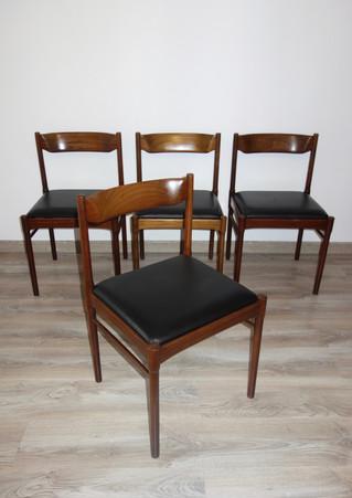 Série de 4 chaises Italiennes