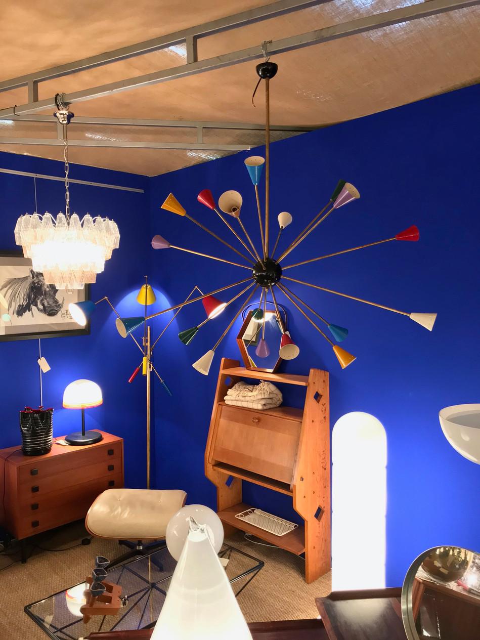 La boutique Galerie du Futur aux puces d