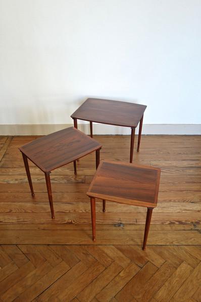 Tables gigognes par Møbelintarsia en pal