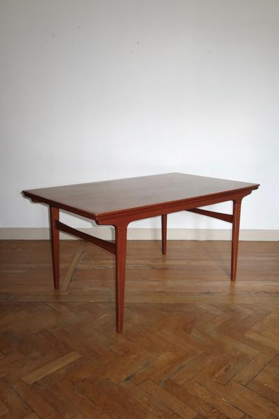 Table scandinave en teck des années 1960