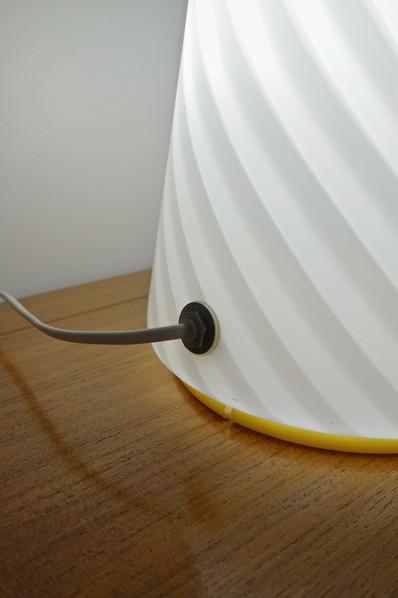 Lampe conique en verre de Murano, Italie 1960's