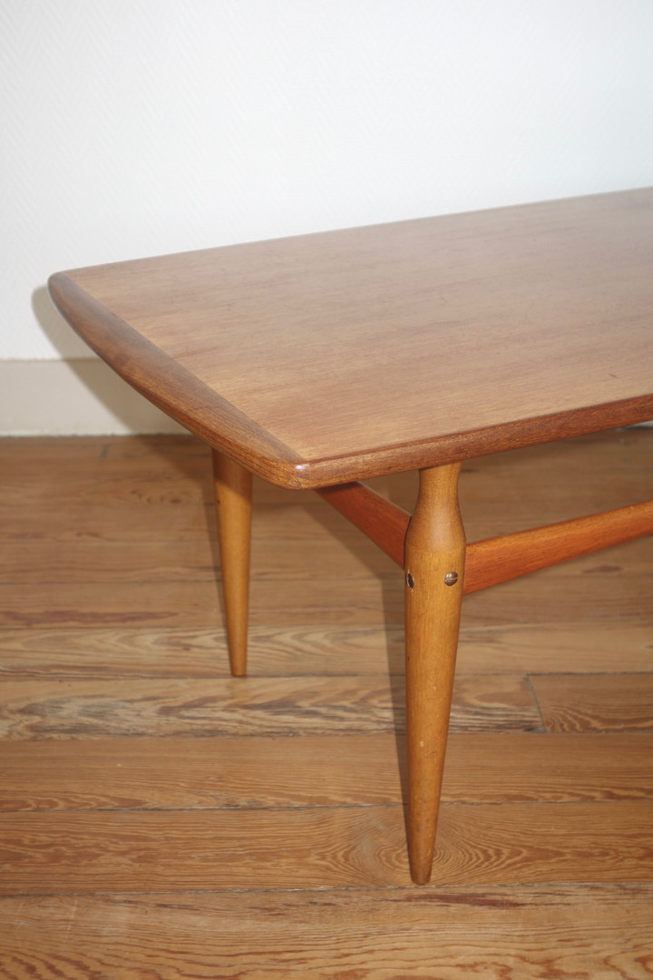 Table basse scandinave en teck d'Alberts