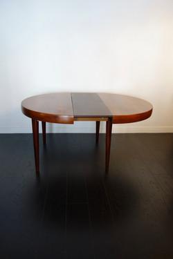 Table à repas en palissandre année 60