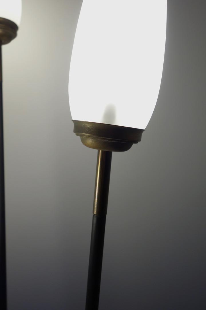 Lampadaire tripode vintage enmétal des a