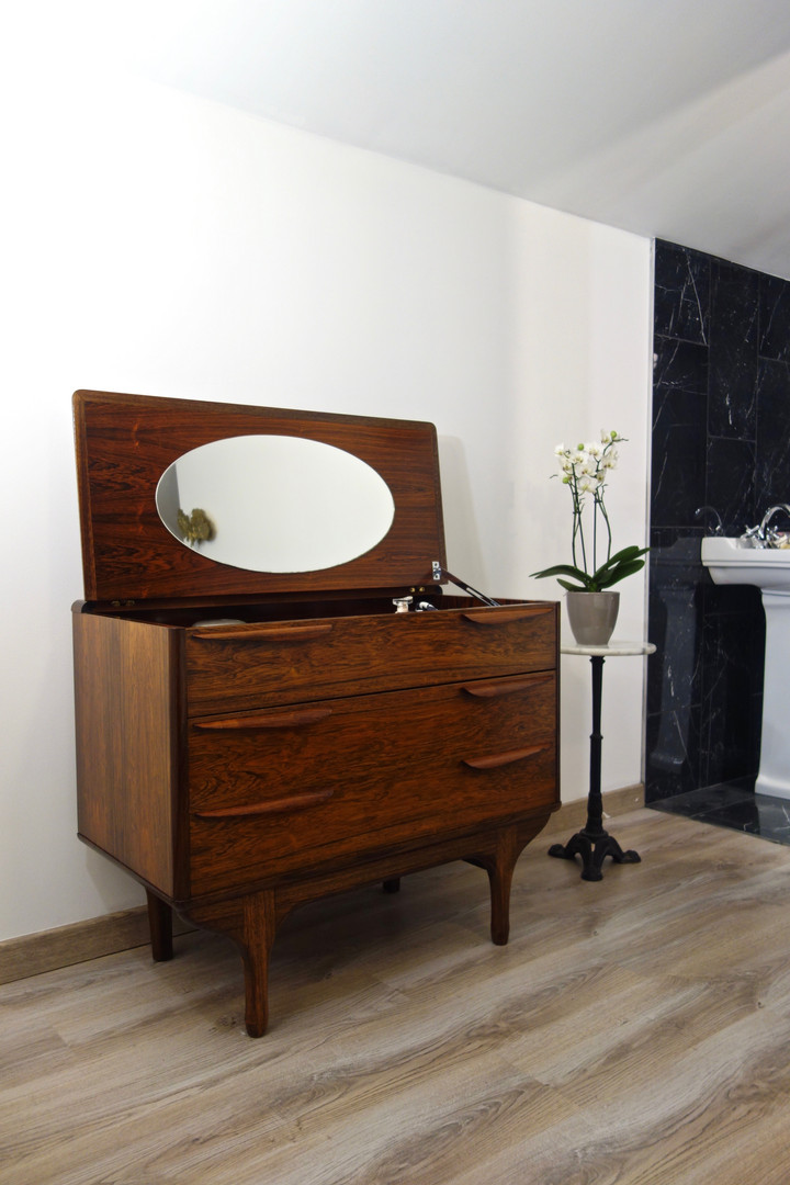 Commode coiffeuse style scandinave en Pa