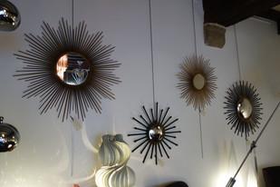 Série de miroir soleil Chaty Vallauris