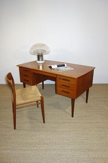 Bureau scandinave et chaise Nils Otto Mo