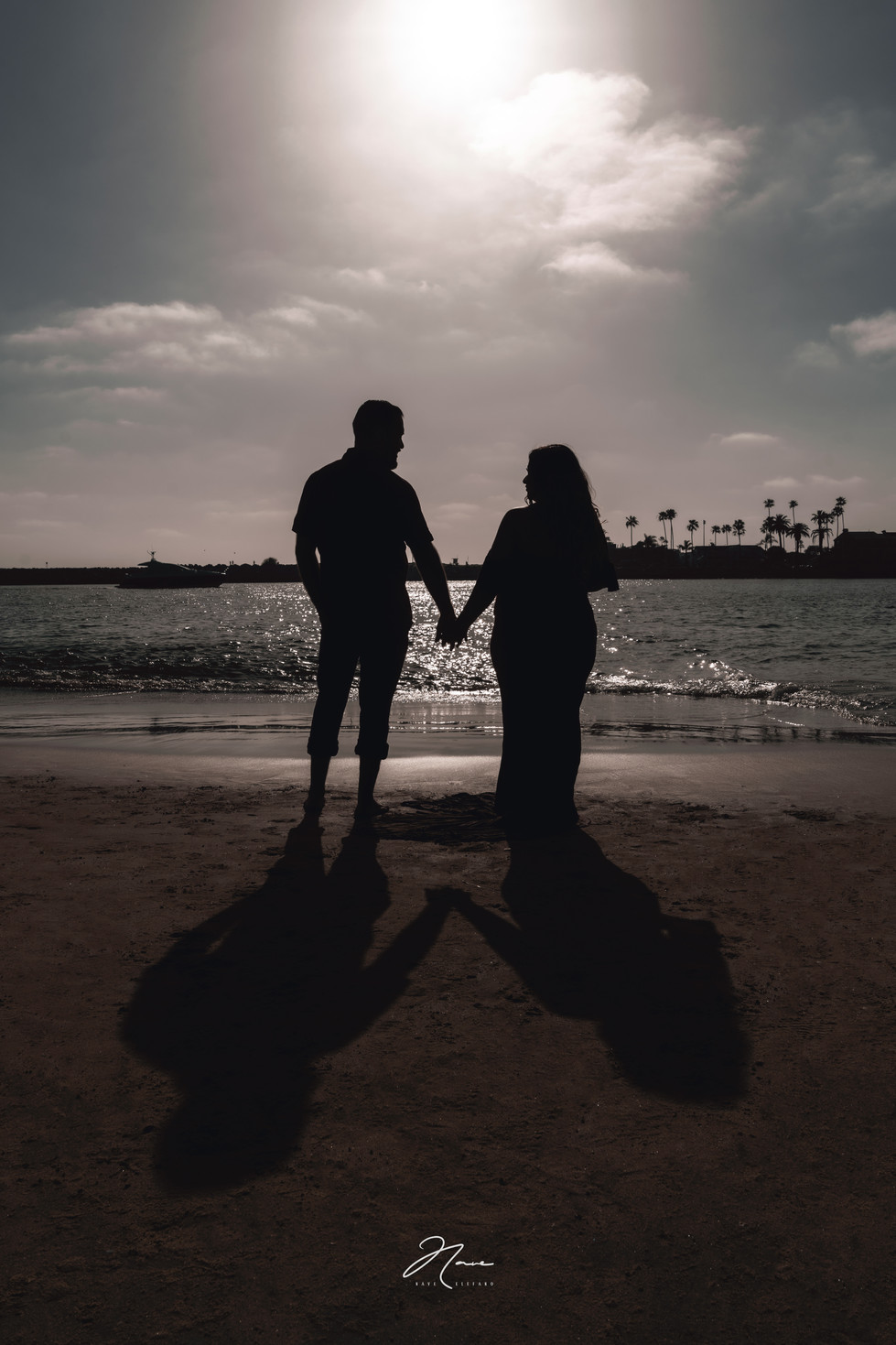 Little-Corona-Beach-Maternity-Session-14