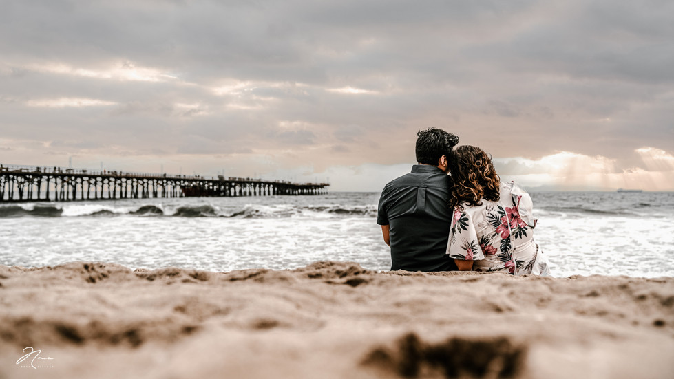 Seal-Beach-Engagement-Session-Photos-35.