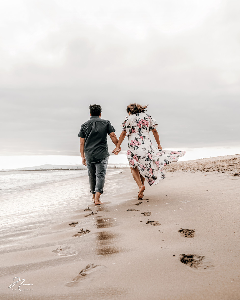 Seal-Beach-Engagement-Session-Photos-57.