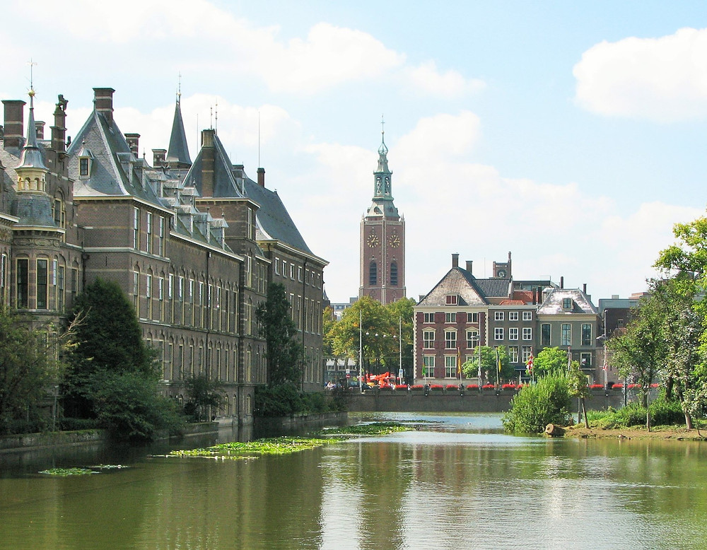 hague-amsterdam-day-trips