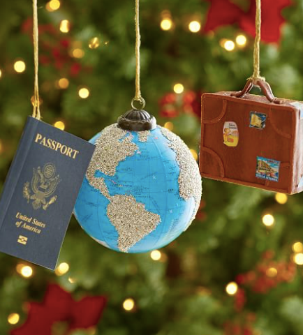 The Perfect Gift List for the Traveler in Your Life