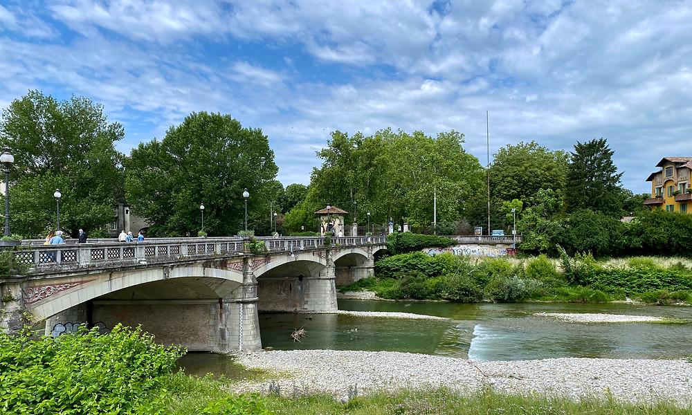 parma-italy-river-city-center