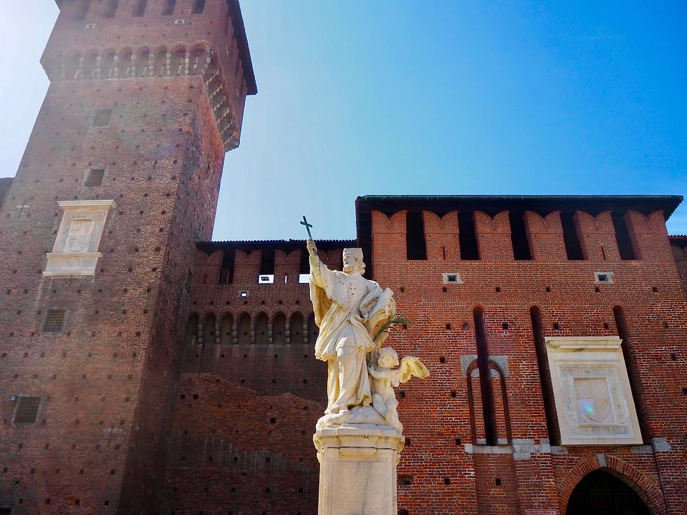 milan-sforzesco-castle-4
