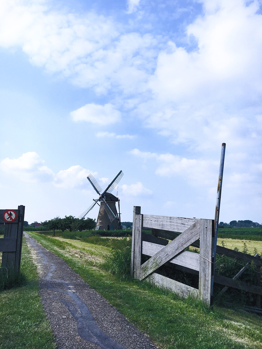 windmills-in-holland-2