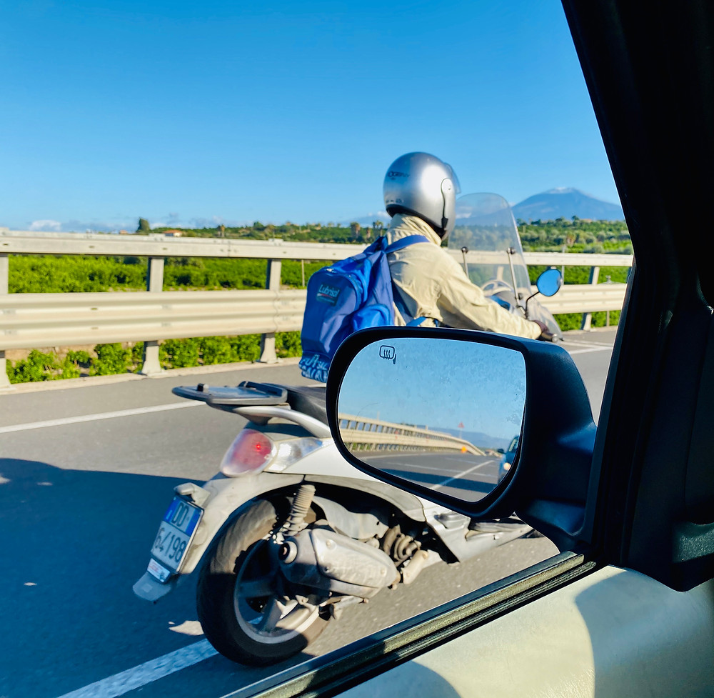 sicily-driving-mopeds-motorcycles