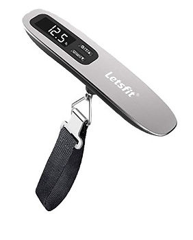 travel-luggage-scale.jpg