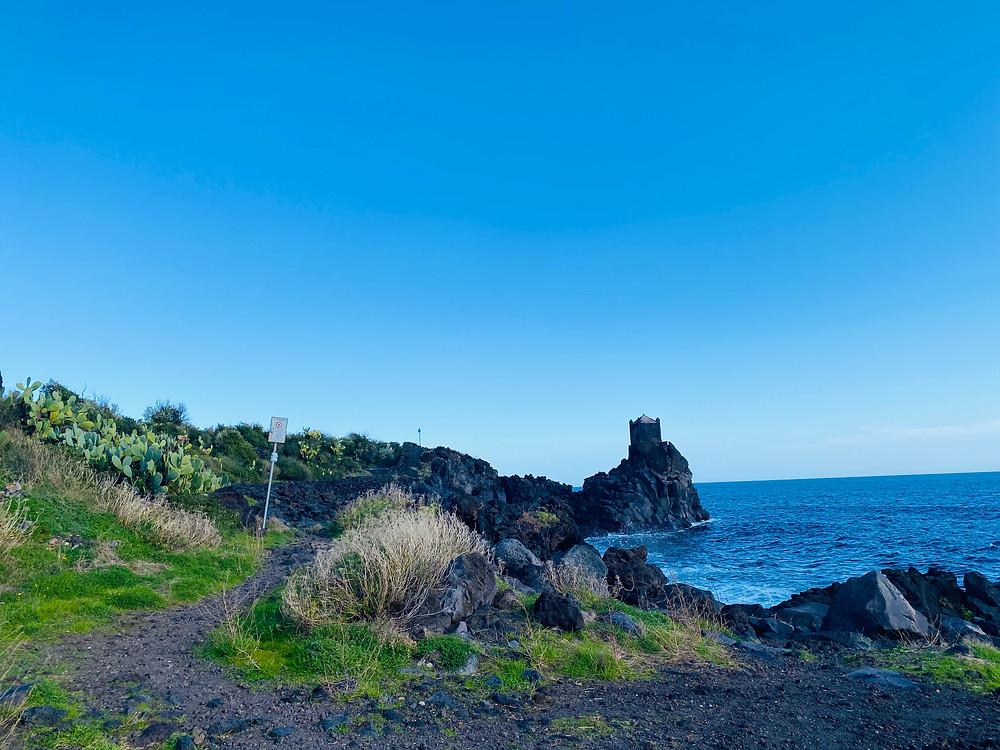 sicily-coastline-hikes