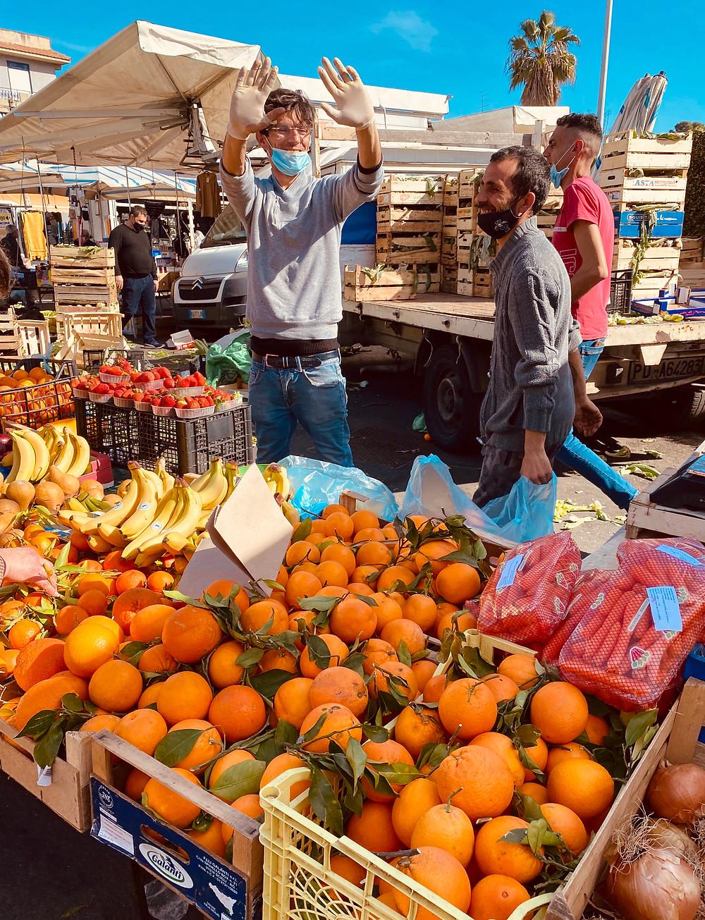 sicily-blood-oranges-catania-market