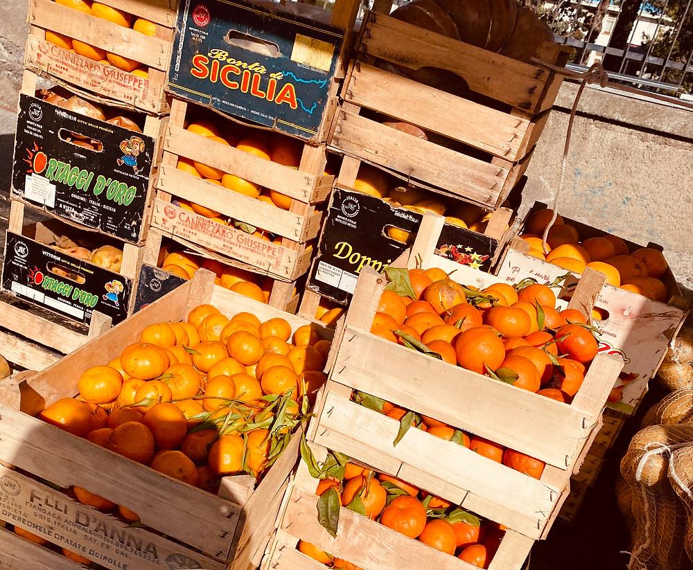 sicily-blood-oranges-market