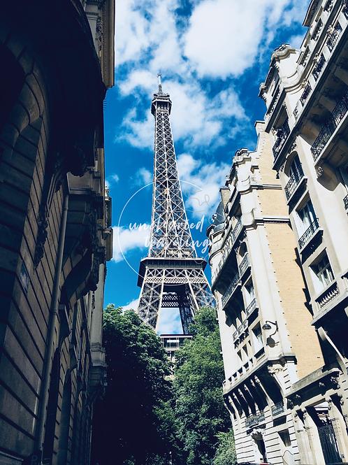 Eiffel Tower Street View - Paris, France
