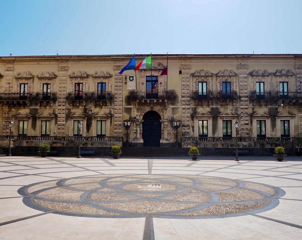 acireale-city-palace-piazza-duomo