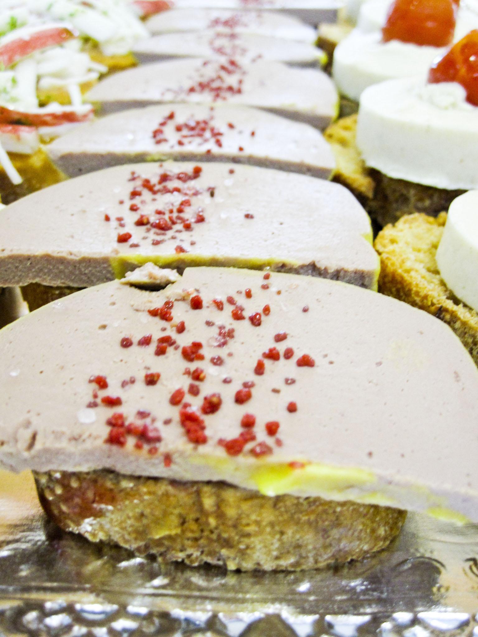 Muntadet de patè de foie amb sal