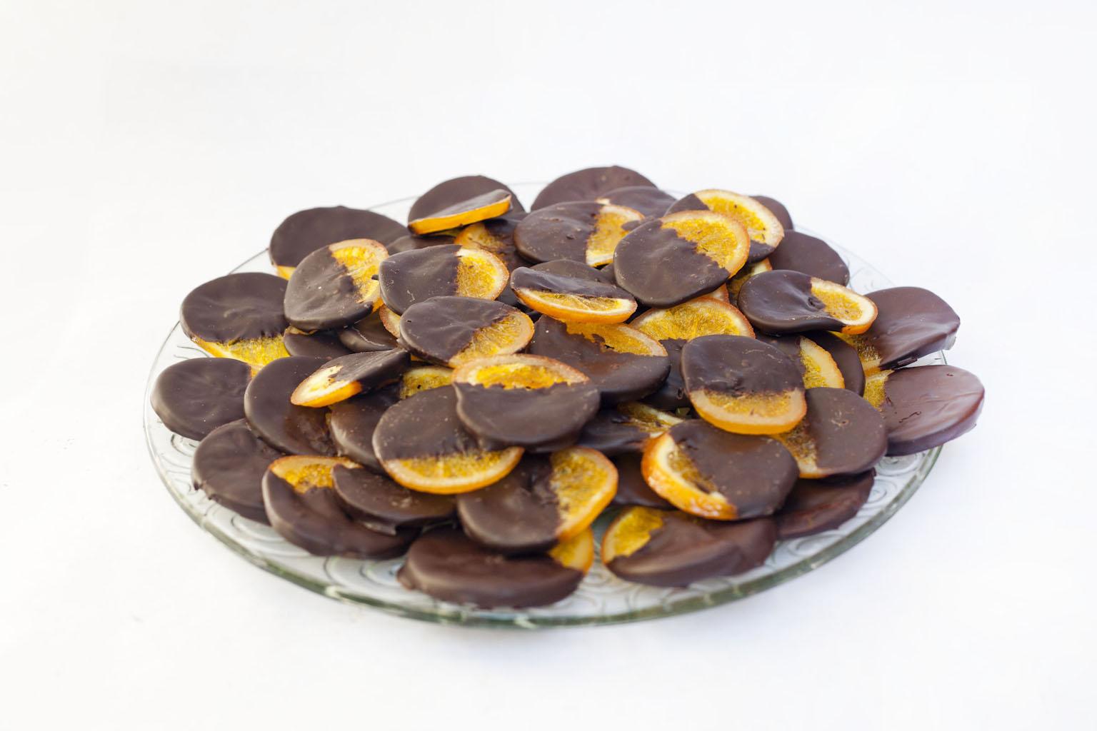 Taronja confitada amb xocolata