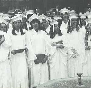 1969_SSA_grads_at_fountain.png
