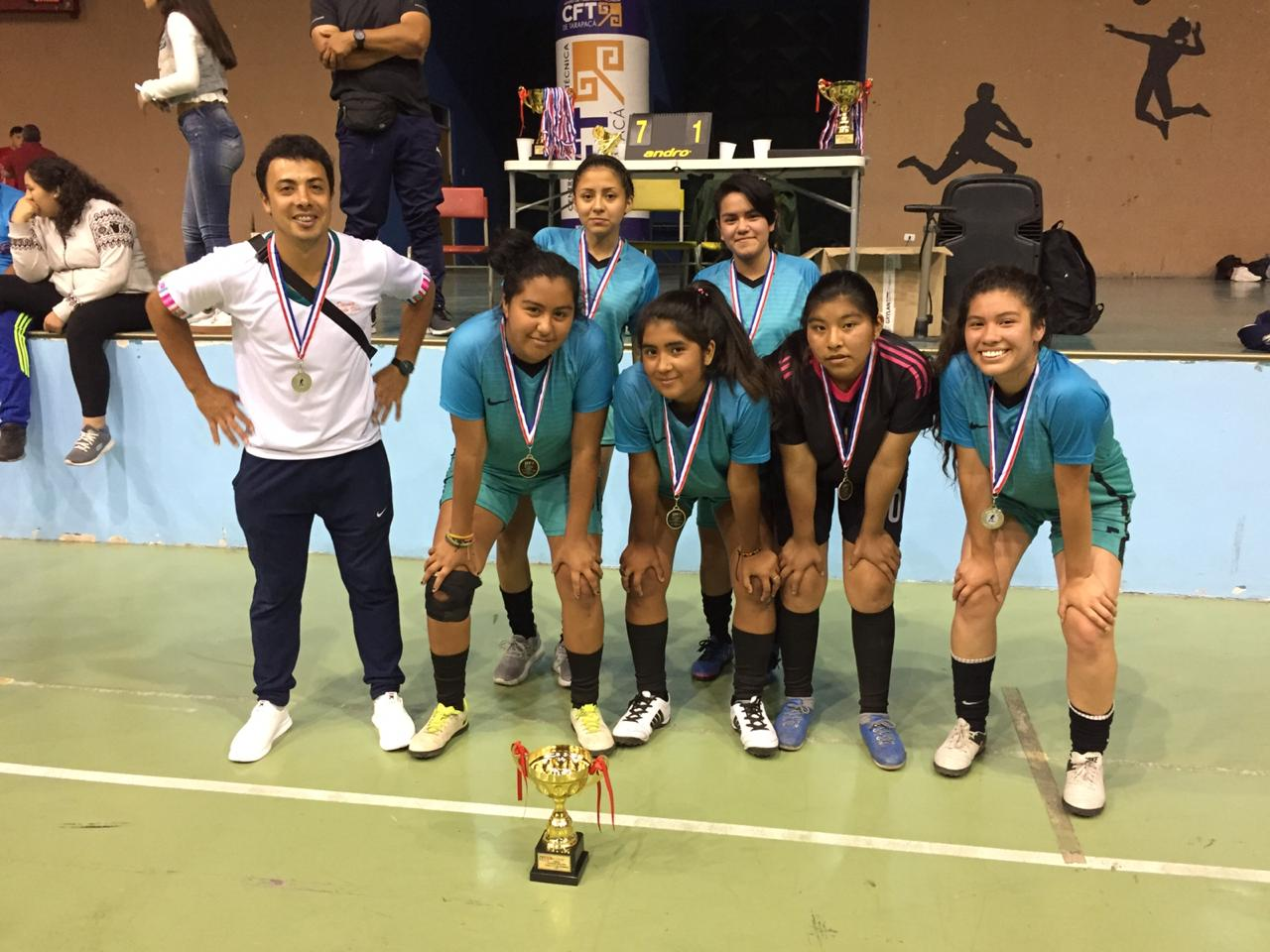 segundo lugar damas Colegio Chile Norte.