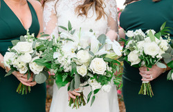 White and emerald bouquets