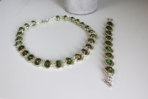Green Linked Set