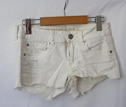 AE White Shorts (4)