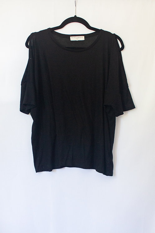 Urban Outfitters Tee (M)