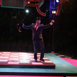 "SINGIN' IN THE RAIN ""Don Lockwood"" Wagon Wheel Theatre"
