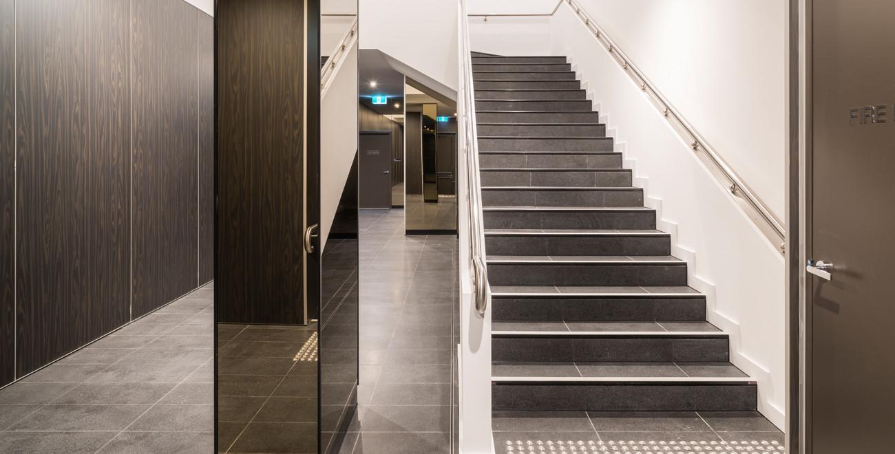 Image-9-foyer.jpg