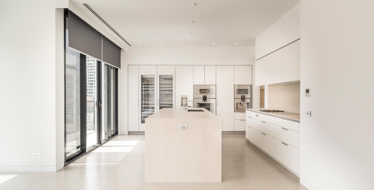 Image-3-white-kitchen.jpg