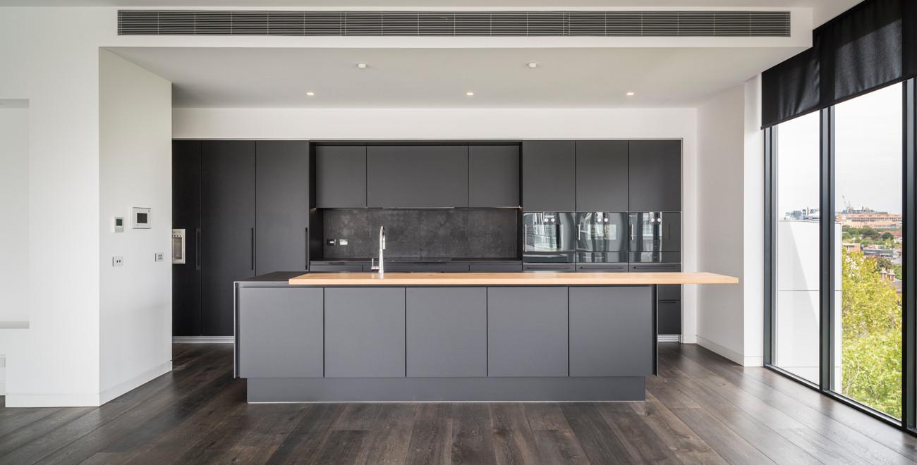 Image-3a-black-kitchen.jpg