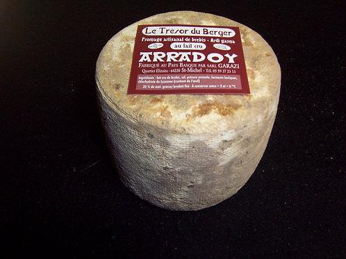 Fromage de BREBIS au Lait CRU AOC OSSAU-IRATY