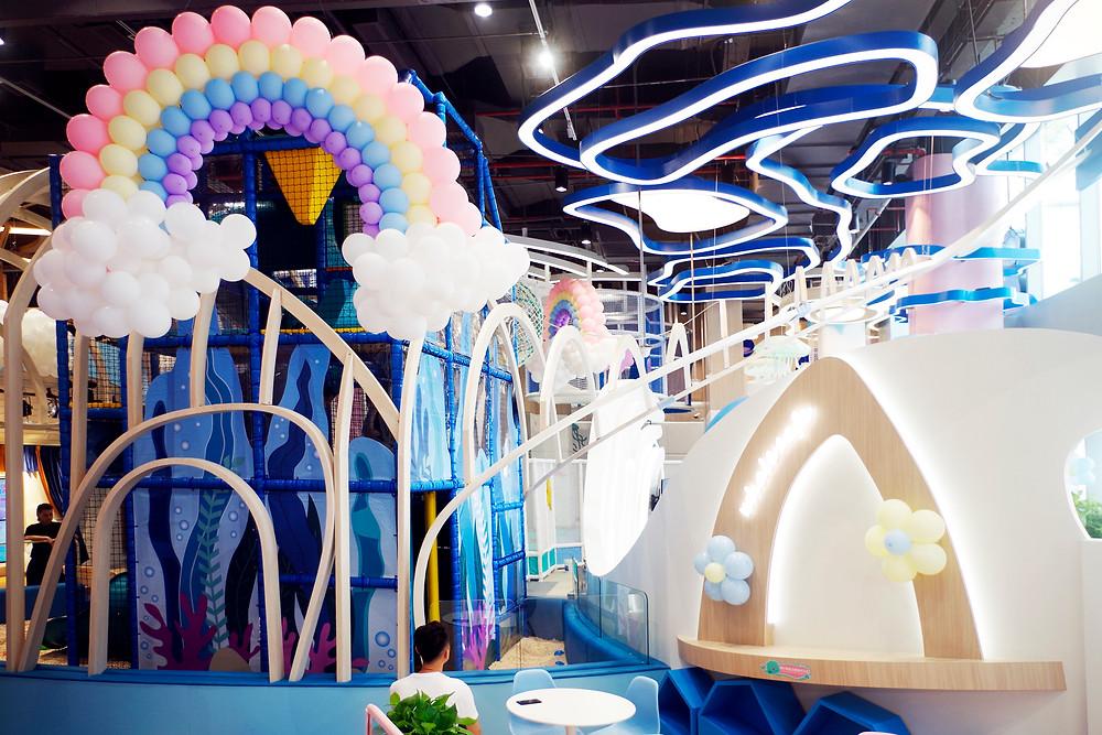 鲸鱼特别游戏区/Whale special activity area