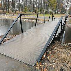 art 3 brown wpc plank 1.jpg