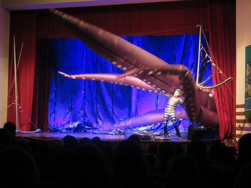 Цирковое шоу «Моряк»
