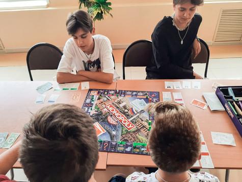 Состоялась 3 игра в Монополию