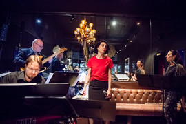 My Lena Live im Café Black