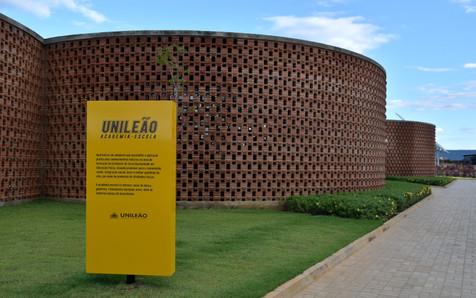 Unileão | Projeto Arquitetônico da academia-escola da Unileão é premiado pelo Iab_SP |  12/12/2019