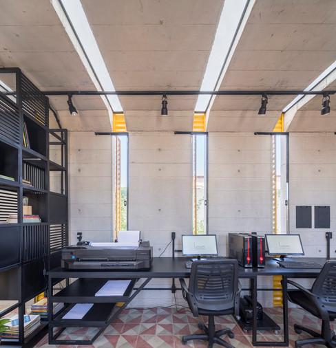 ArchDaily   Sede do escritório Lins Arquitetos Associados   27.02.2019