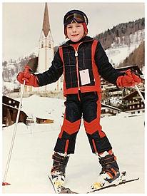 Hanni skiing in Austria