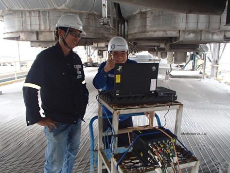 Using multi-channel vibration analyzer with powerbank
