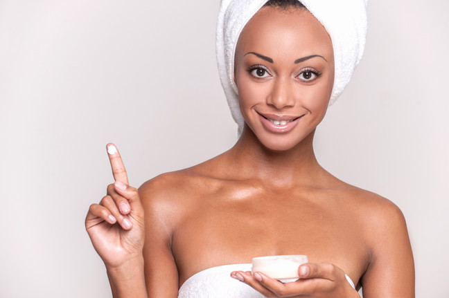 4 DIY BEAUTY TIPS FOR FLAWLESS SKIN