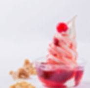 confitures et coulis fraises ou framboises maison, fait avec des produits locaux